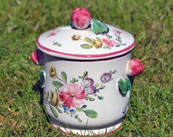 Antique/ vintage French majolica lidded pot in the manner of Veuve Perrin