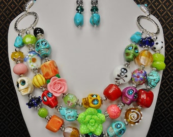 WESTERN COWGIRL NECKLACE Set / Day of the Dead Necklace / Skull Jewelry / Multicolor Necklace / 3 Strand Multicolor - Skull Magic Colors 1