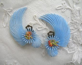 Fabulous Vintage Soft Plastic Earrings ~ Blue Feather Flowers ~ Clip On