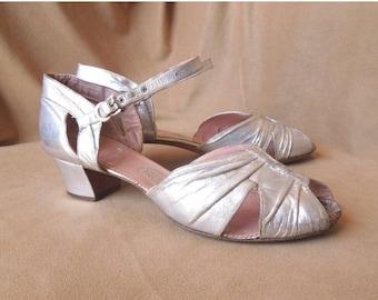 Vintage 1930's Silver Metallic Shoes, Peep Toe, Ankle Strap, Dance Shoes, Size 8.5, 9
