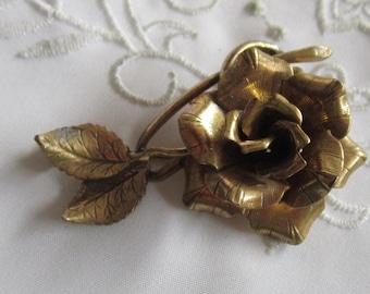 Vintage Gold Tone Detailed Rose and Leaf Brooch