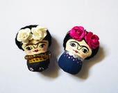 Frida Kahlo. Mini brooch, handmade, handpainted mini brooch. mini doll