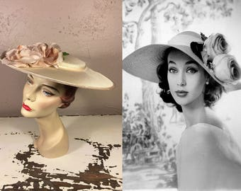 These Roses Follow Me Everywhere - Vintage 1950s Ivory Portrait Platter Wide Brim Hat w/Mauve Pink Velvet Rayon Roses