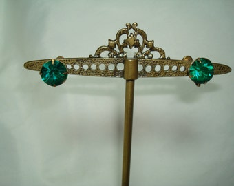 1940s Large Emerald Green Jeweled Earrings.