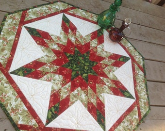 Christmas Spirit Lone Star quilted table centerpiece