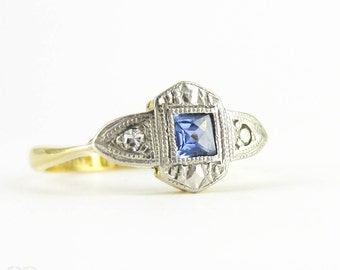 Vintage Sapphire Engagement Ring, Art Deco French Cut Sapphire Ring with Diamond Accents. 18 Carat & Platinum, Circa 1920s.