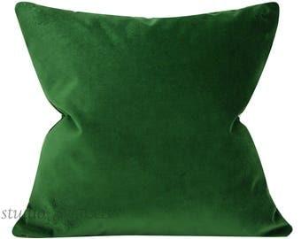 Emerald Velvet Pillow Cover - 20X20 - Decorative Pillow Cover - green velvet - designer velvet - emerald - ready to ship
