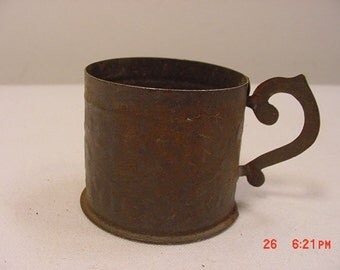Vintage Child's Or Toy Tin Cup  17 - 231