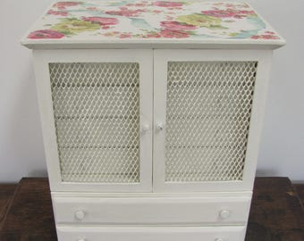 Large Jewelry Armoire, Antique White Vintage Jewelry Box, Gift for Fiancee, Cream Jewelry Box With Floral Decoupaged Lid