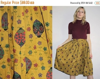40% Limited time SALE  - Vintage 50s Ladybug Novelty Print Floral Cotton Circle Skirt - 50s Circle Skirts - 50s Clothing - WV0007
