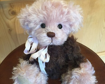 Sweetie: a handmade artist teddy bear from Jazzbears