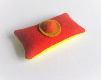 lavender sachet made of felt, orange and yellow felt lavender sachet, coworkers gift, arty hostess gift, bright dresser decor, lavender