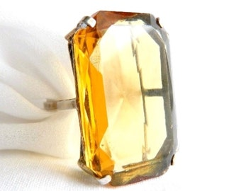 Vintage Sterling Silver Golden Honey Topaz Cocktail Ring - Radiant Cut Glass - 40 Carats - November Birthstone - Adjustable