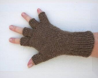 Hand Knit WOOL Half Finger GLOVES Unisex in BROWN / Fishermen's Wool Gloves