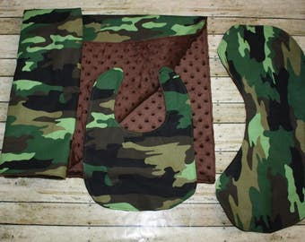 Camouflage Blanket, Bib and Burp Cloth Set- Baby BoyBlanket, Bib and Burp Cloth Set-Nursery Blanket Set- Baby shower Gift- Baby Quilt
