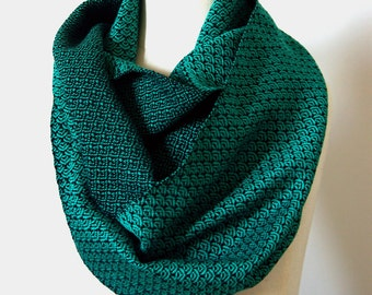 Handwoven Cotton Loop Scarf Jade Green - Art Deco Fan