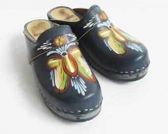 Vintage Scania Handpainted Leather & Wood Clogs, Scandinavian Kurbits - Rosemaling Folk Art Design, Womens Size 6-7