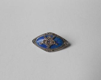 Vintage Lapis Lazuli STERLING Silver Pin.  Beautiful.