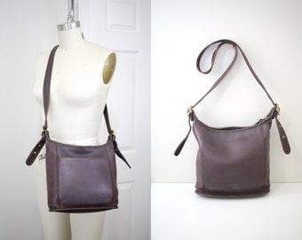 Vintage Coach Brown Color Leather Purse , Cross Body Shoulder Bag // Coach 9816 // Item No. 1587