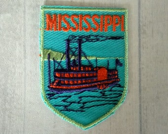 "Vintage 2.75"" Sew On Mississippi Patch, Steamboat Applique, River Boat Paddle Wheeler Steamboat, MS Travel Souvenir Collectible"