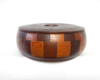Vintage 1960s/70s Handmade California Redwood Round Box