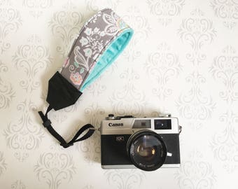 Wrist Camera Strap, DSLR Camera Strap, Padded, Nikon, Canon, DSLR Photography, Wedding Photographer Gift, Wristlet - Pastel Paisley and Aqua