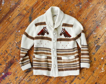 70s Cardigan • Horse Cardigan • Equestrian Clothing • 70s Sweater • Vintage Cardigan • Striped Cardigan • Novelty Print Sweater | T757