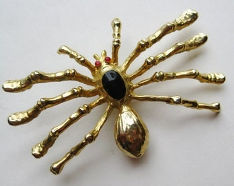 Vintage Gold Black Widow Figural Spider Novelty Brooch Pin