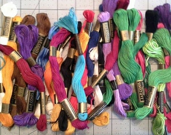 Mixed Colors J P Coats 6 Strand Embroidery Floss, Thread ET0101 Over 30 Skeins