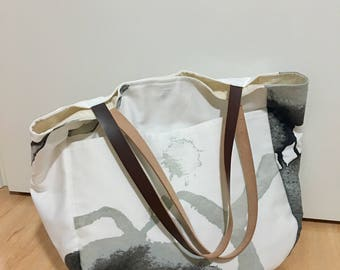 Tote bag with leather handles