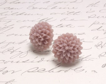 Pale Taupe Resin Flower Dahlia Earrings. Simple Floral Post Stud Earrings.