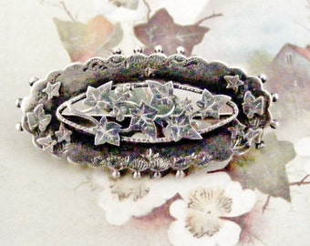 Victorian sterling silver sweetheart brooch ivy leaves