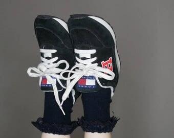 90s women's Tommy Hilfiger black suede sneakers size 7