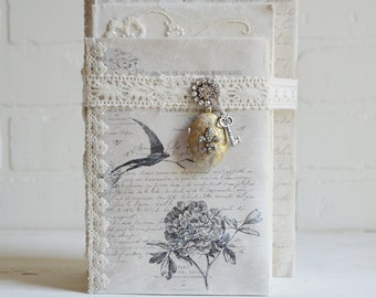 Shabby Book Bundle, French Book Bundle, Book Bundle, Bird Book Bundle, Lace Book Bundle, Vintage Book Bundle, Shabby Locket