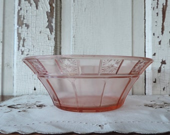 Pink Depression Glass Antique Collectible Bowl with Flower Design Medium Size from 1930's Vintage Serving Dish