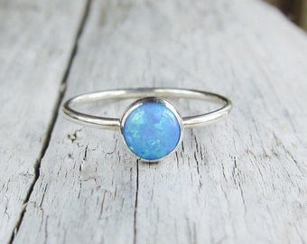 Silver opal ring. Blue or white opal ring band. 6 mm lab opal.