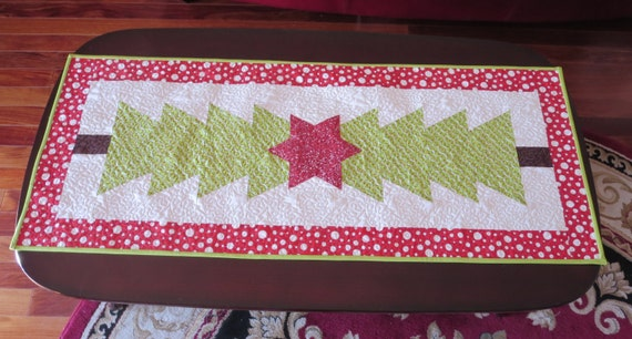Homemade -  Christmas Table Runner With Star Applique