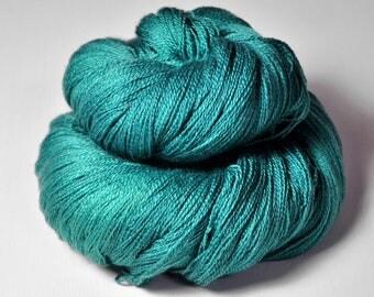 Ground turquoise - Merino/Silk/Cashmere Fine Lace Yarn