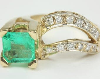 Colombian Emerald and Diamond Ring 3.20cts, Custom emerald and diamond ring, cluster emerald ring, natural emerald gold ring