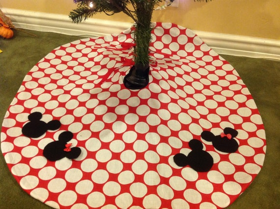 Boutique Minnie Mickey Mouse Christmas Tree Skirt Red Disney