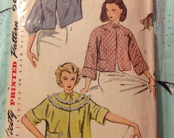 "Vintage Simplicity 3735 Bed Jacket Sewing Pattern 30""-32"" Bust 1950s"
