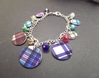 Scottish Charm Bracelet with Plastic Multicolor Tartan Charms and Glass Beads, Clan Jewelry, Highland Dance, Gift from Scotland