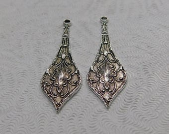 LuxeOrnaments Antiqued Sterling Silver Plated Brass Filigree Drop-Pendant (2pcs) 32x10mm AT-6861-S