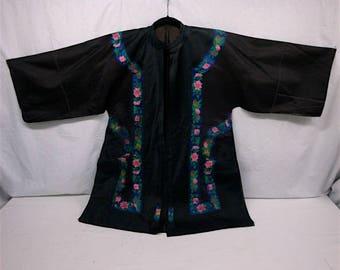 Silk Oriental Kimono Embroidered Floral Ribbon Sz Small - Med