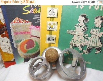 CLEARANCE SALE vintage Wood Handle Donut cutter 2 Calumet Pastry Cutters 4 Cookbooks Baking Kitchen Decor 40's to 60's SALE