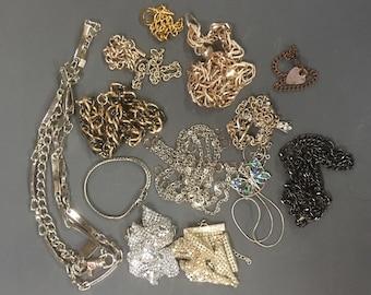 Detash Chains Collection