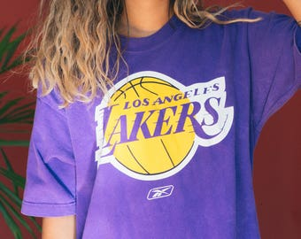 Purple Los Angeles Lakers Shirt / LA Lakers Tee / Lakers T-Shirt / Yellow Purple Basketball Graphic Shirt / 90s Novelty Shirt / Sports Team