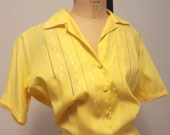 Vintage Late 1950s Yellow Cotton Day Dress. Embroidered Bodice. Med to Large