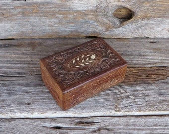 Vintage Hand Carved Wooden Box Keepsake Box 1970s Home Decor Retro Wood Box with Carving