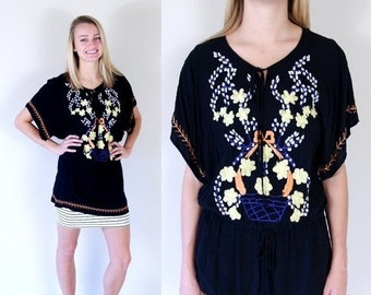 Sale vtg 80s black EMBROIDERED FLOWER Mexican TUNIC Medium neck tie ethnic Oaxacan blouse top shirt boho hippie rayon festival